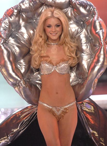 Photo sexy de Jessica Stam, la top modèle la plus sexy du Canada!